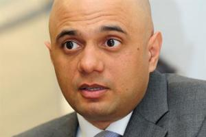 Culture secretary to raise questions about TV licence fee